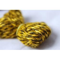 lacet feuille jaune